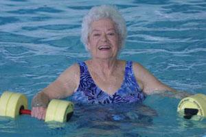 Hidroterapia na terceira idade – Por Fernanda Colella
