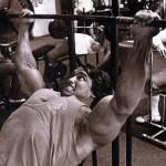 Dica de exercício – Supino reto na barra – Por Rubens Munhoz