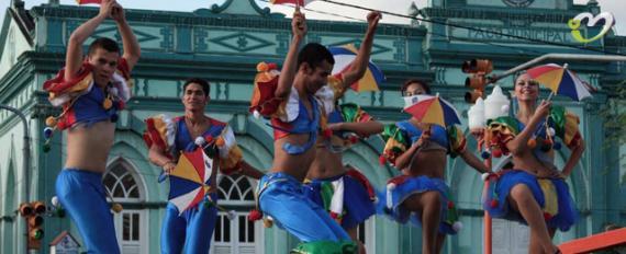 Carnaval com malhação – Exercício Físico também na folia