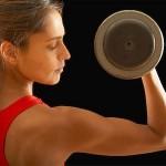Mulheres que treinam: os melhores exercícios para cada fase da vida